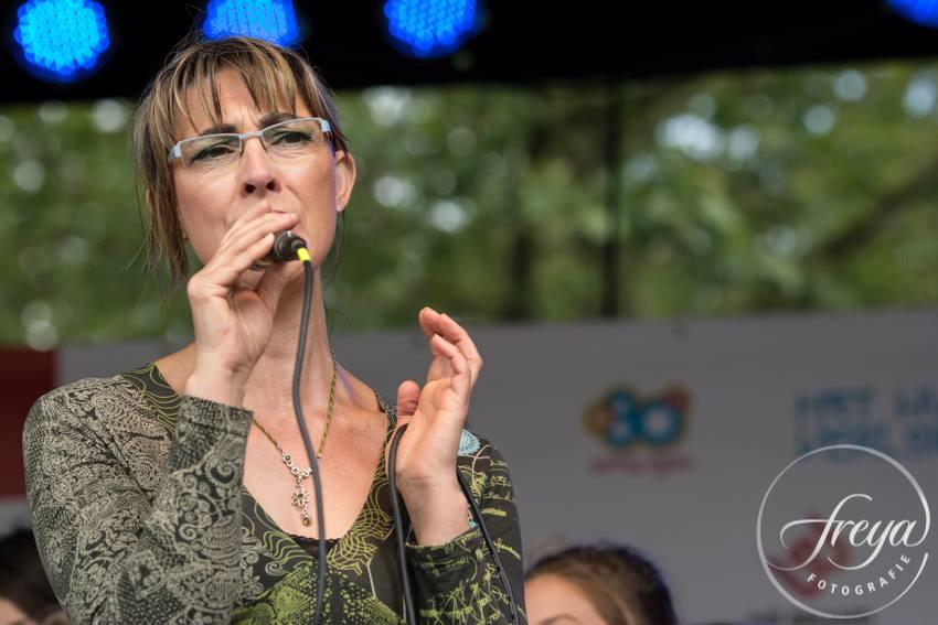 Silvia van Dam zingt op de Hoornse Stadsfeesten 2015